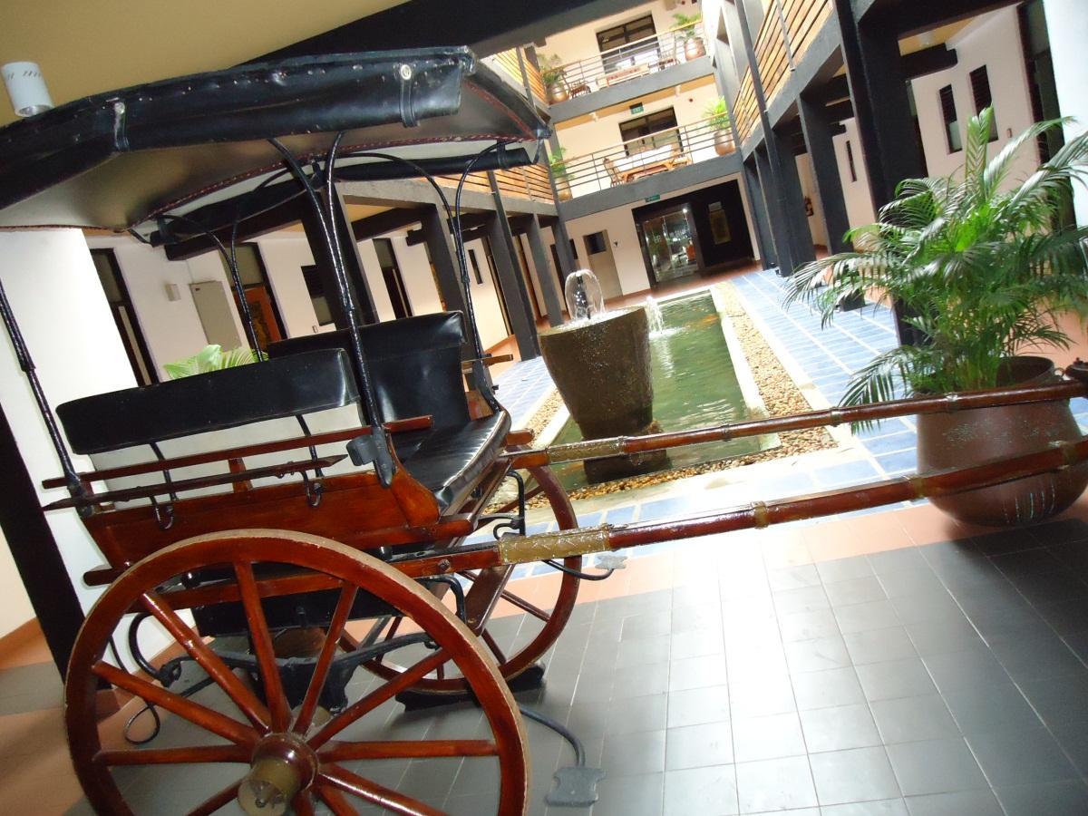 The Sovereign Corporate Hotel, Sri Jayawardanapura Kotte