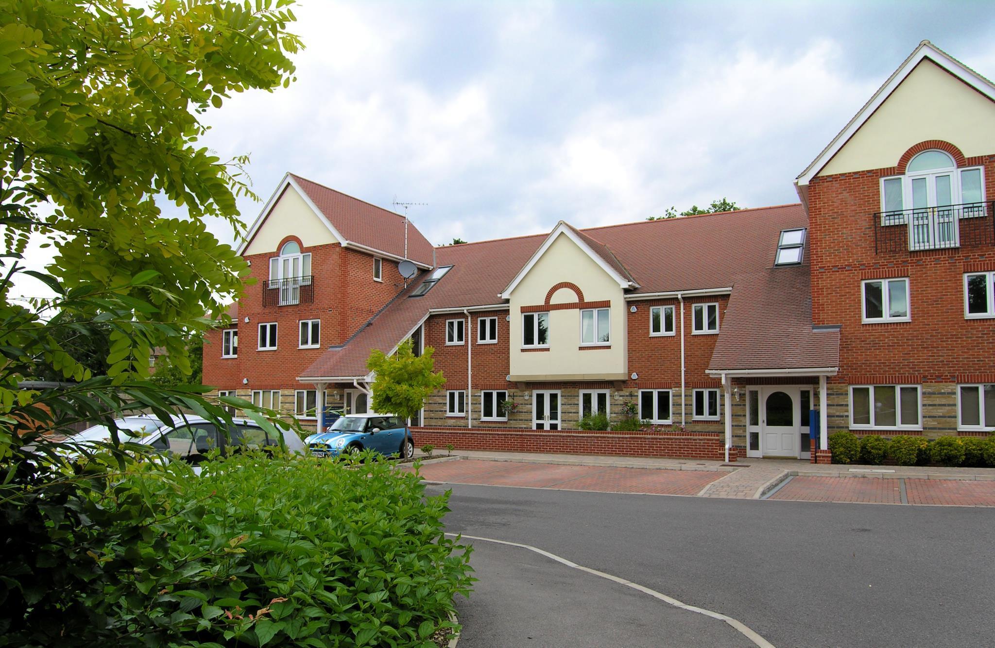 Berkshire Rooms Ltd - Gray Place, Bracknell Forest