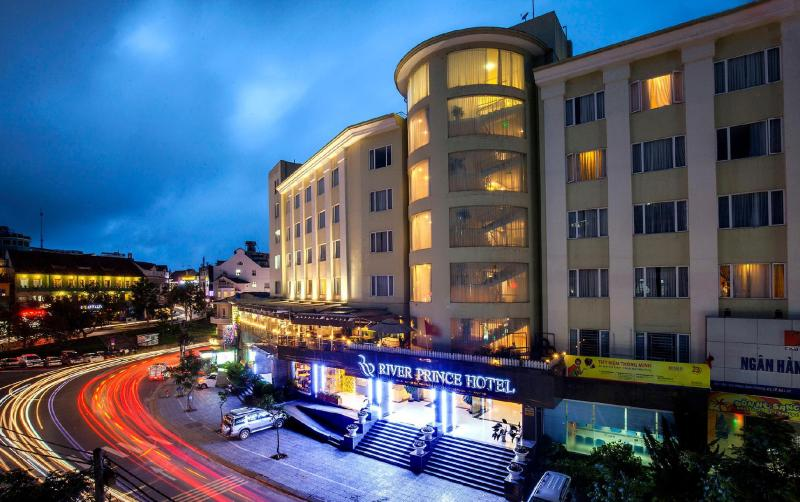 River Prince Hotel