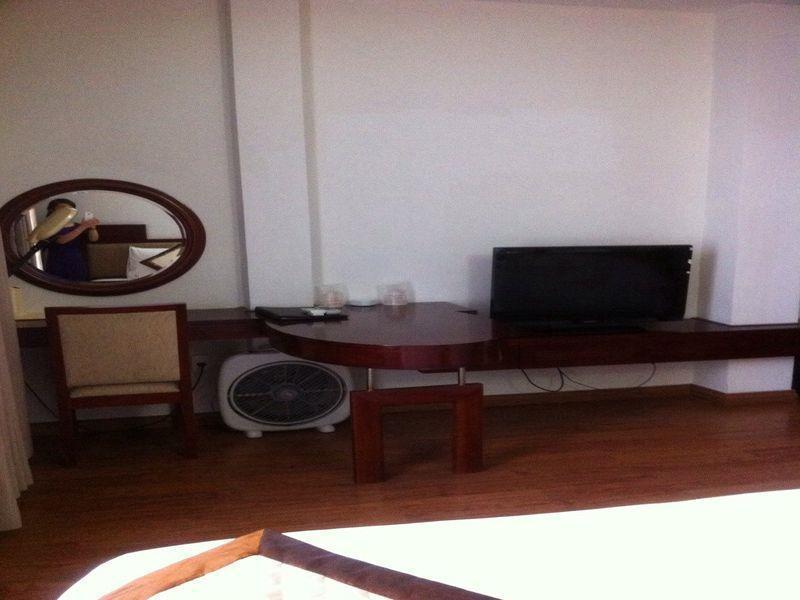 Long Anh Hotel, Thanh Khê