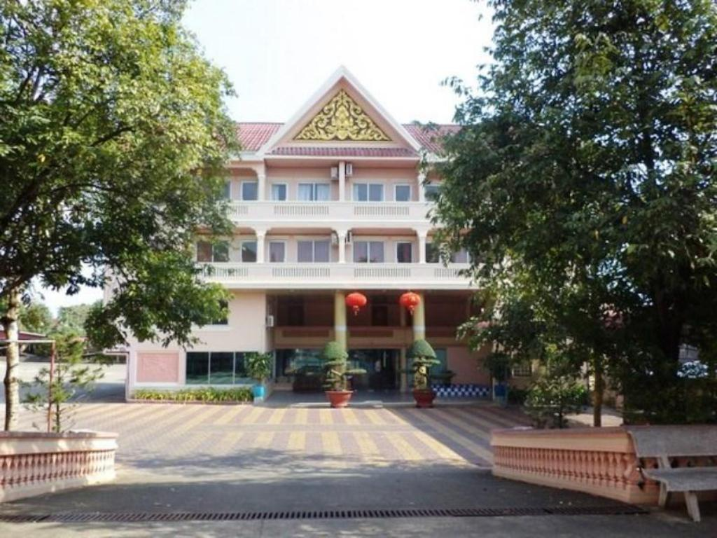 Guest Friendly Hotels In Sihanoukville - Chhne Chulsa Hotel