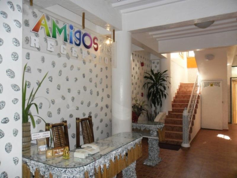 Amigos Beach Resort