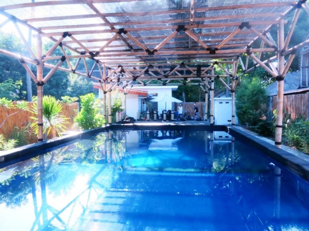 Best Price on Manta Dive Gili Air Hotel in Lombok + Reviews!