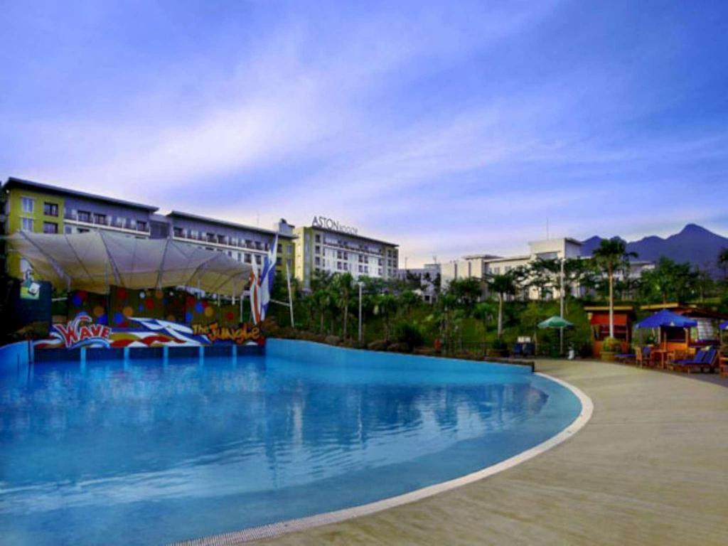Best Price on Aston Bogor Hotel and Resort in Bogor + Reviews