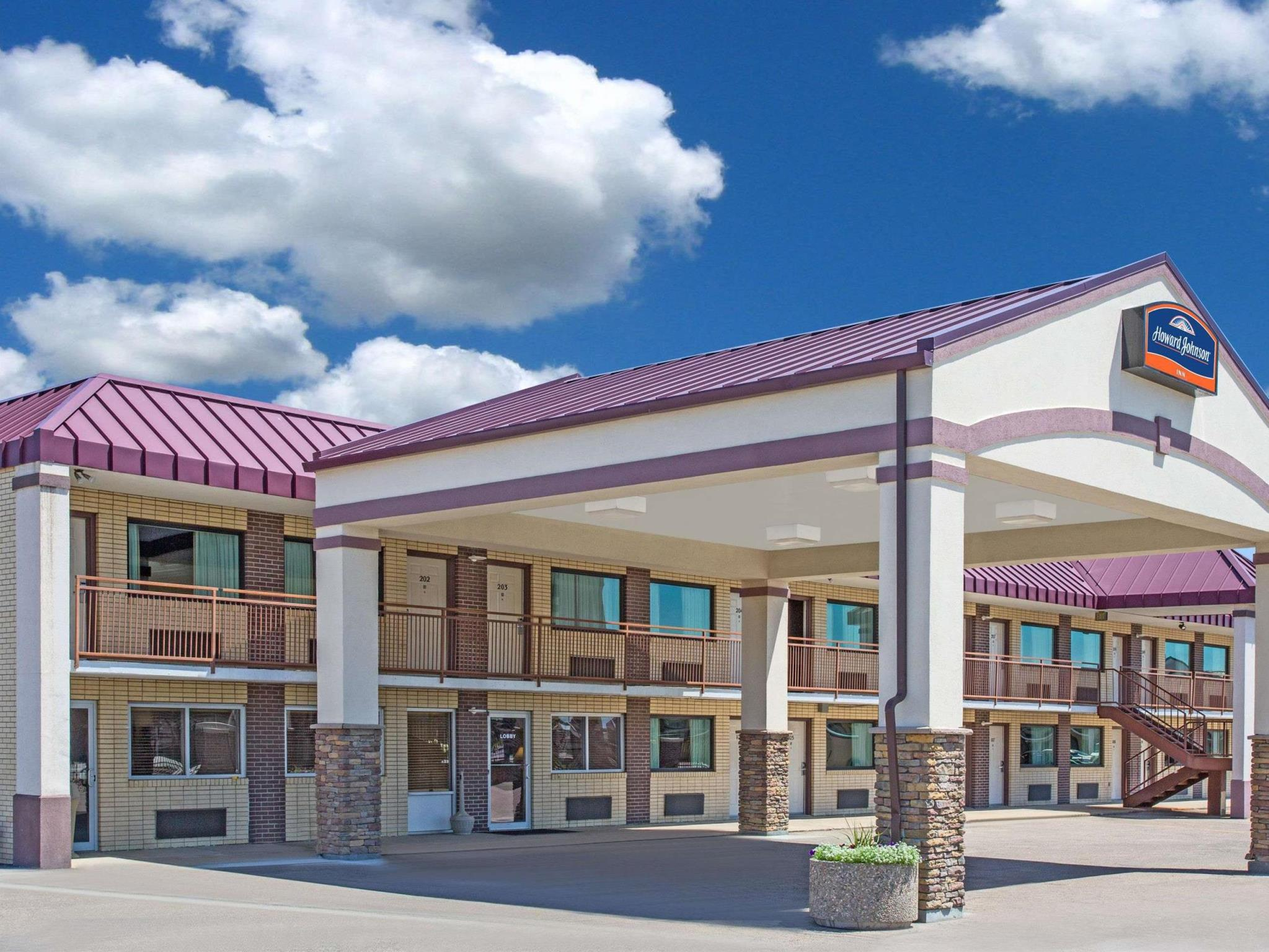 North Platte Inn and Suites, Lincoln