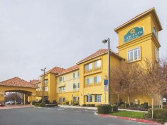 La Quinta Inn & Suites by Wyndham Fresno Northwest