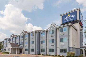 Microtel Inn & Suites by Wyndham Ft Worth North At Fossil