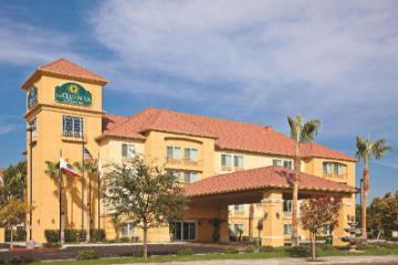 La Quinta Inn & Suites by Wyndham Fresno Riverpark