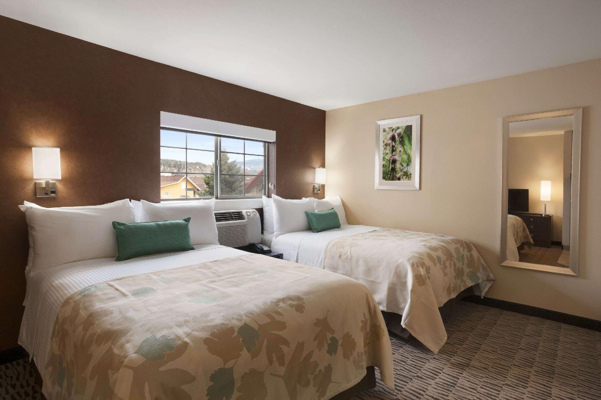 Hawthorn Suites by Wyndham Eagle, CO, Eagle