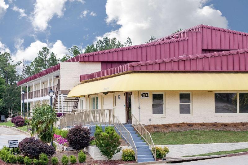 Days Inn Milledgeville