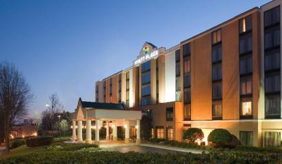 Hyatt Place Fort Worth / Cityview