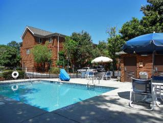 Extended Stay America Suites - Charleston - Northwoods Blvd.