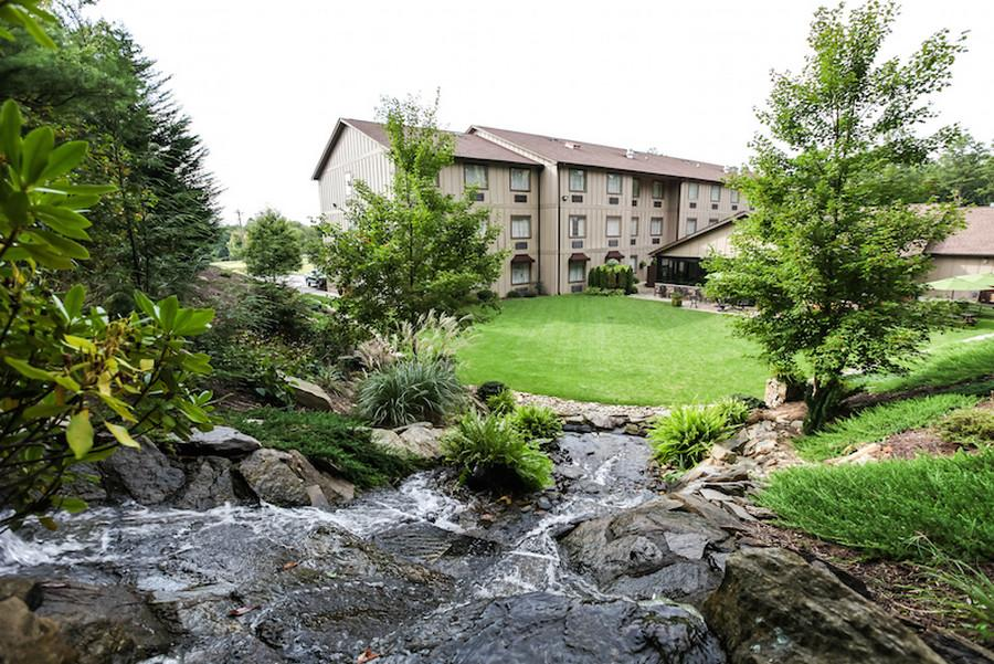 Mountain Lodge & Conference Center, Henderson