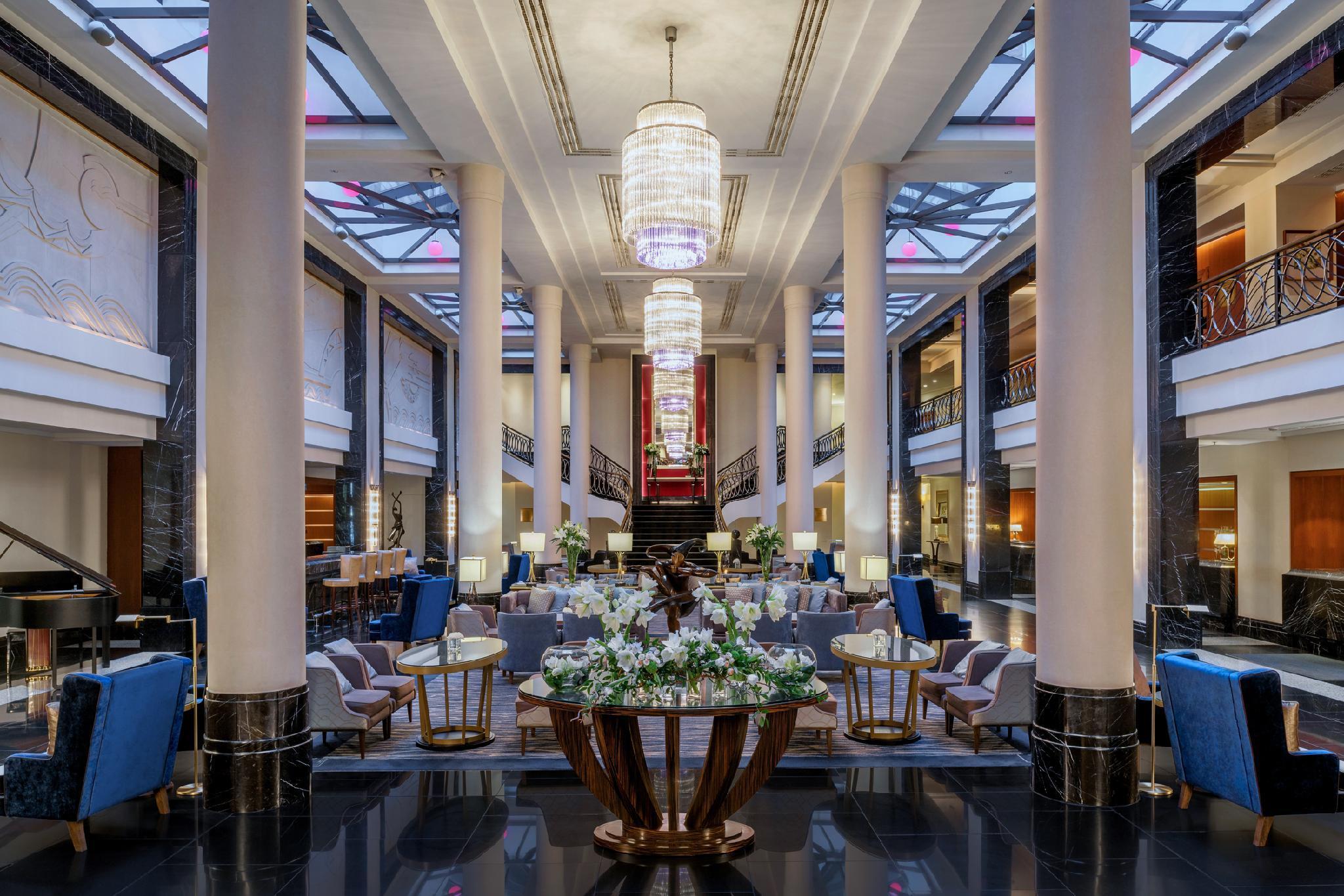 Corinthia Hotel St. Petersburg, Sankt-Peterburg gorsovet