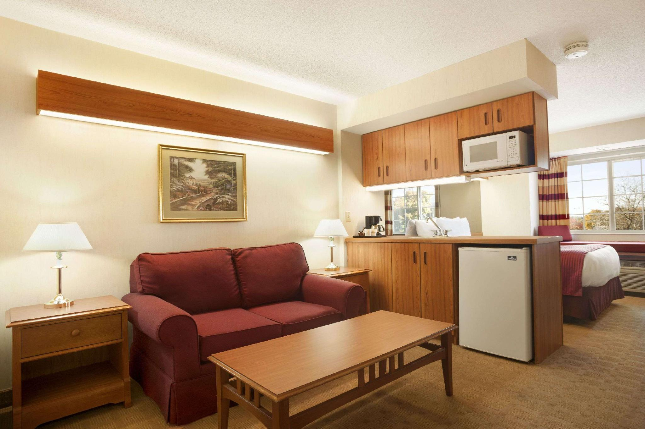 Microtel Inn & Suites by Wyndham Ann Arbor, Washtenaw