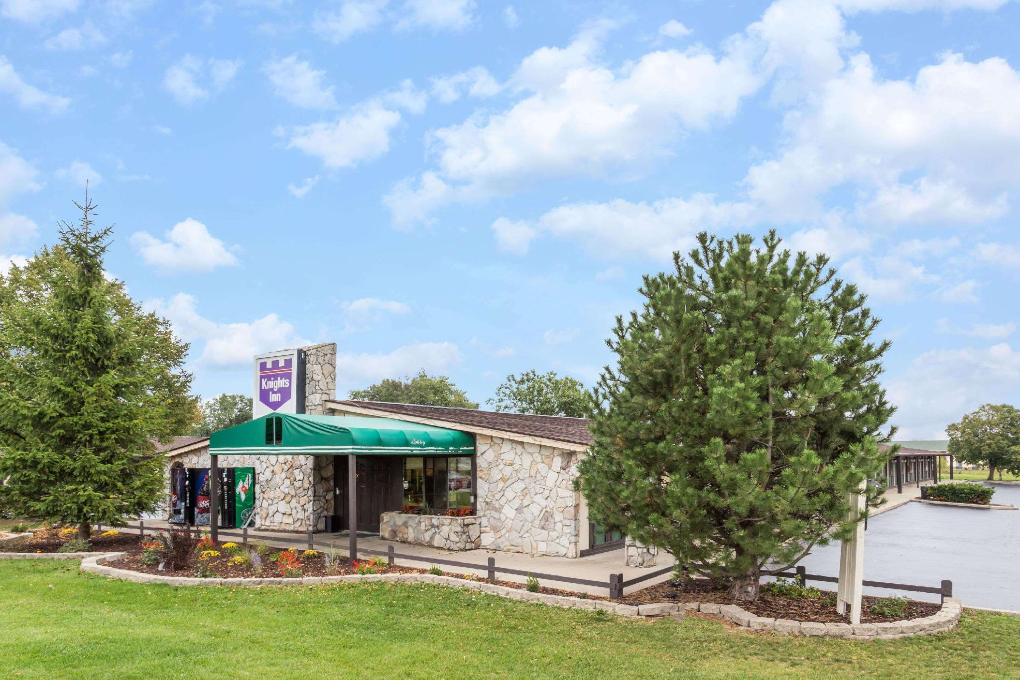 Knights Inn - Racine, WI, Racine