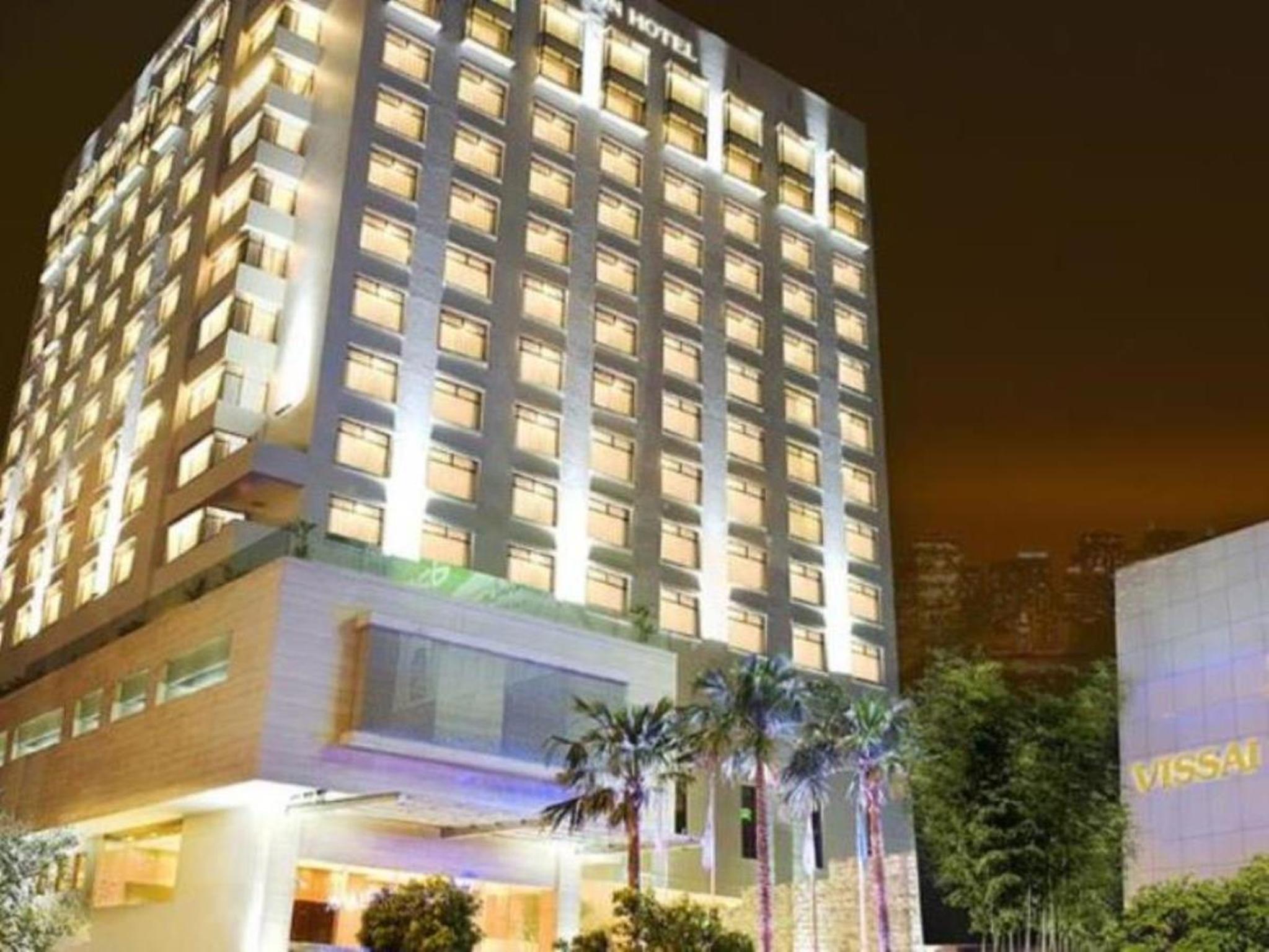 Khách Sạn Vissai Sài Gòn (Starcity)