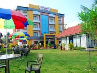 Royal Riviera Hotel & Resort, Kottayam