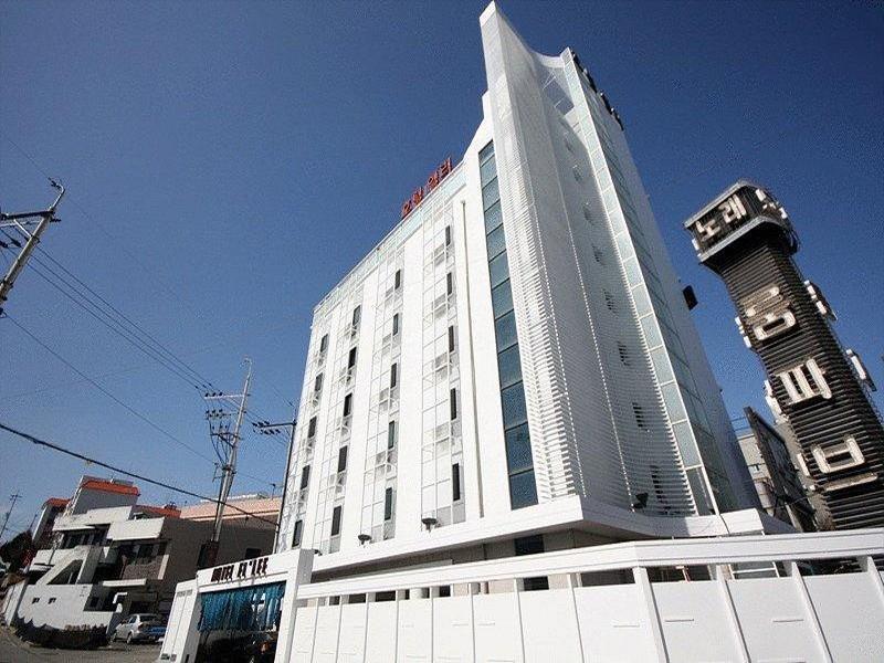 Hotel Ellee Cheonan, Cheonan