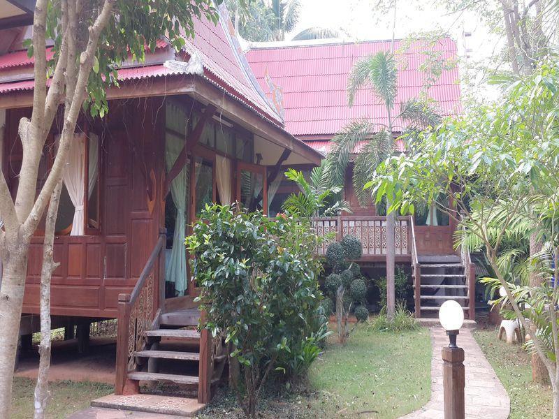 kamonchanok resort