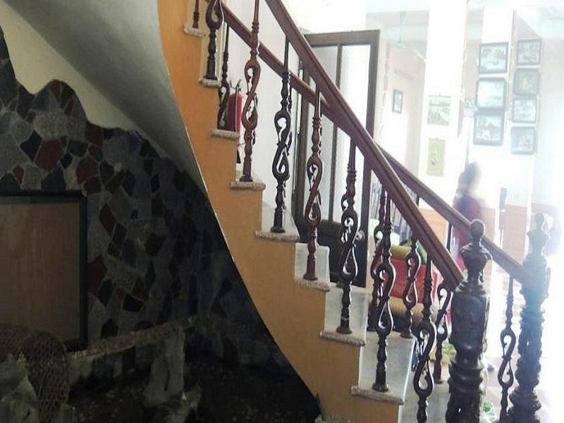 Duc Tuan Hotel, Hoa Lư