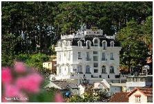 Nữ Hoàng Queen Hostel