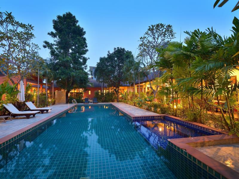 happy cottage hotel