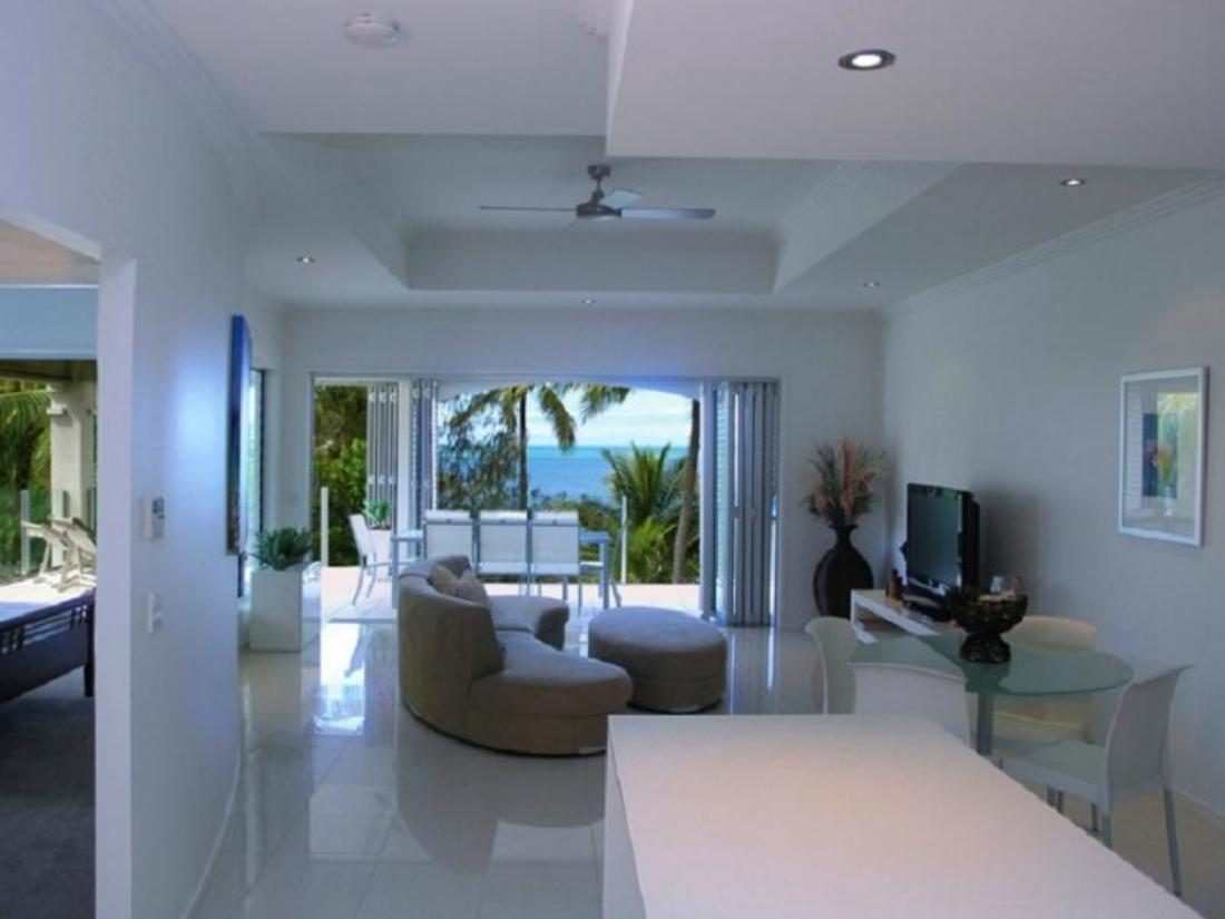 Best price on the boutique collection hotel island views for Boutique hotel view