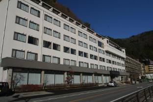 Tominoko Hotel - Fujikawaguchiko