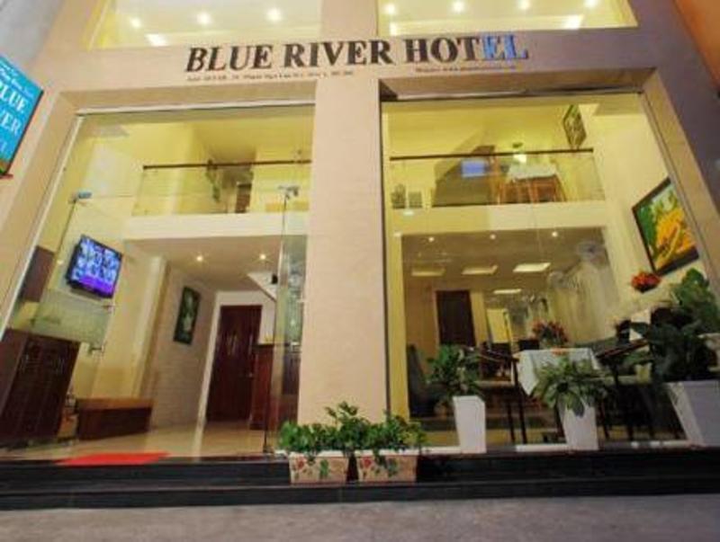 ブルー リバー ホテル