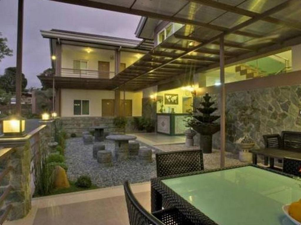 Best price on tagaytay wingate manor in tagaytay reviews for The wingate