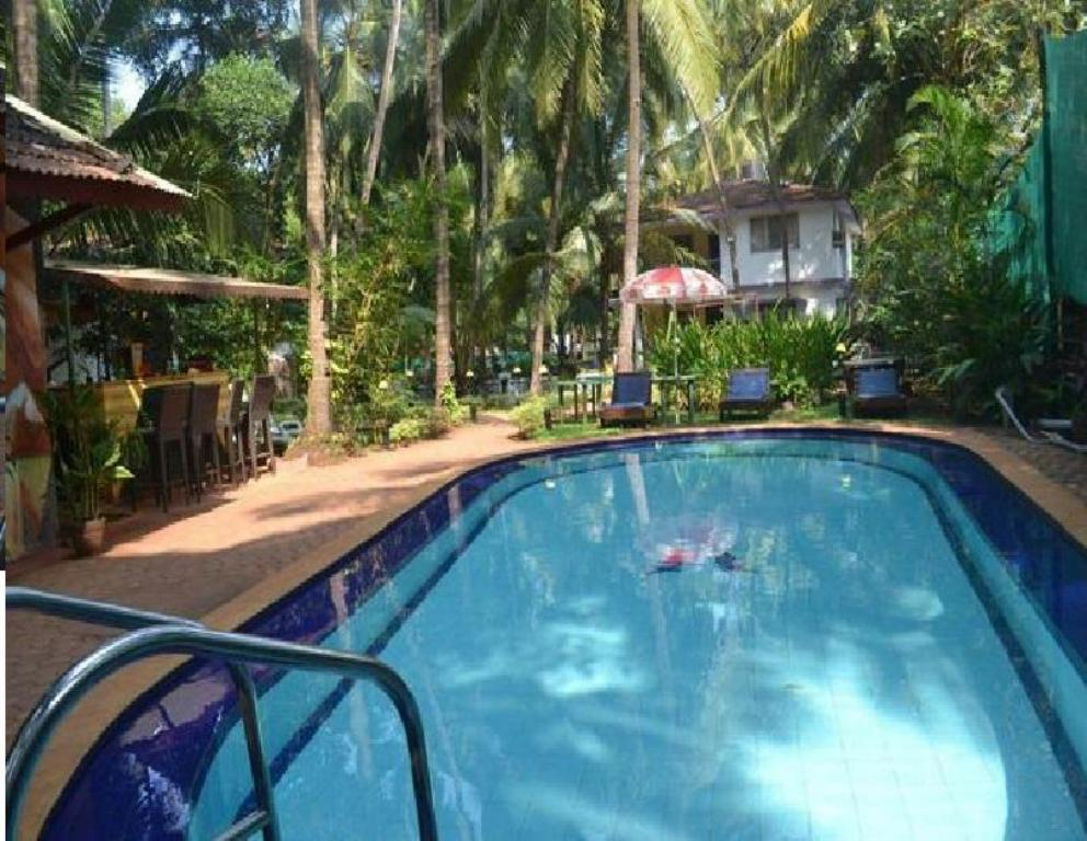 Best Price On Camelot Beach Resort In Goa Reviews