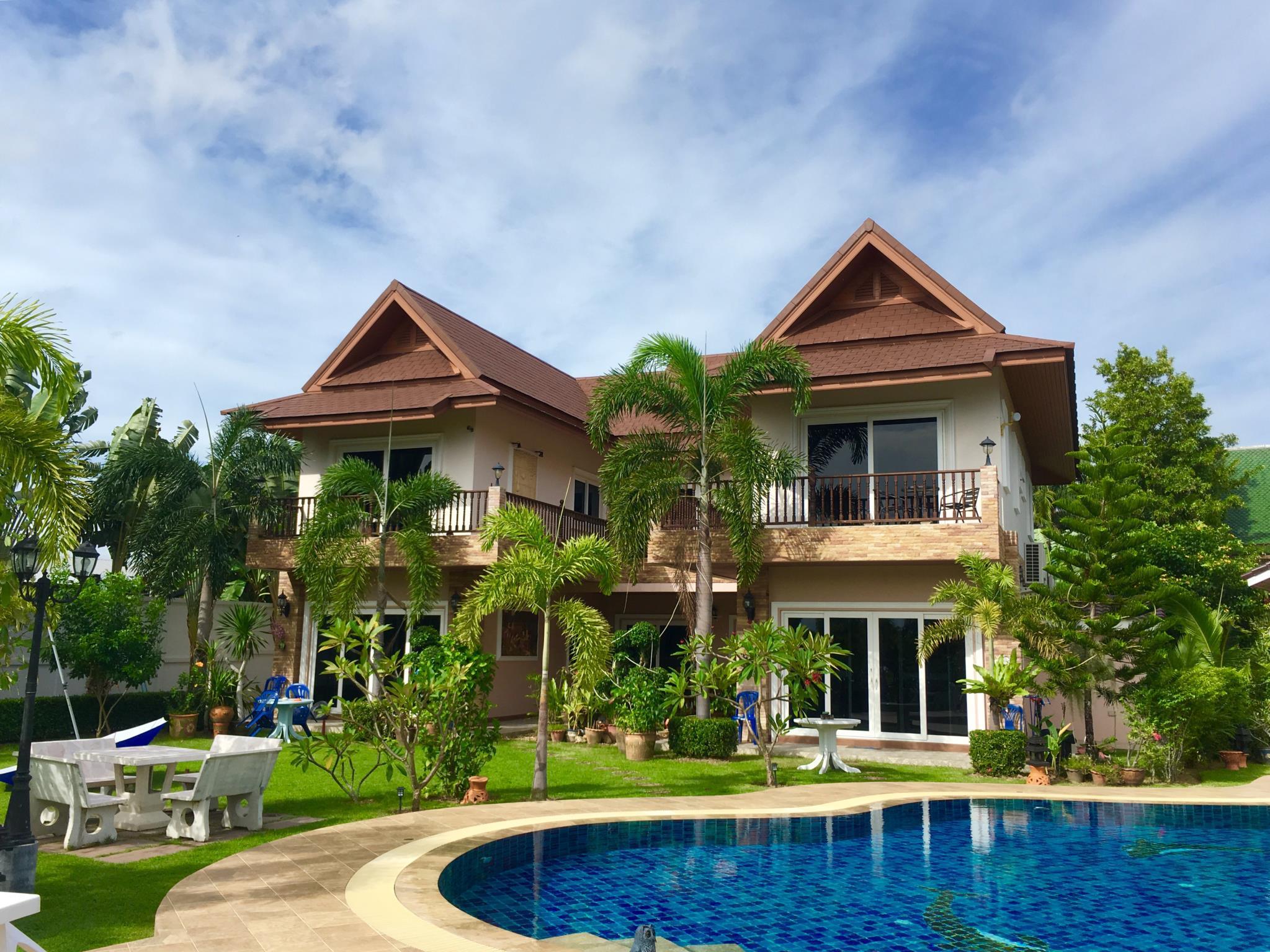 Baan Sunset Resort, Bang Lamung