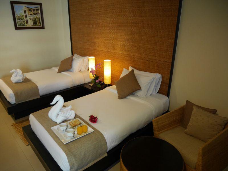 Swutel Hotel, Wattana