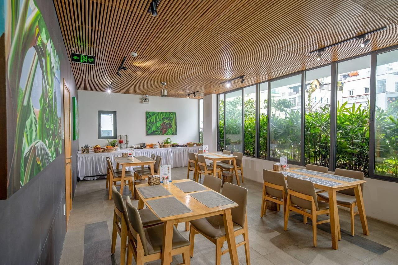 Babylon Garden - a VIE collection, Sơn Trà