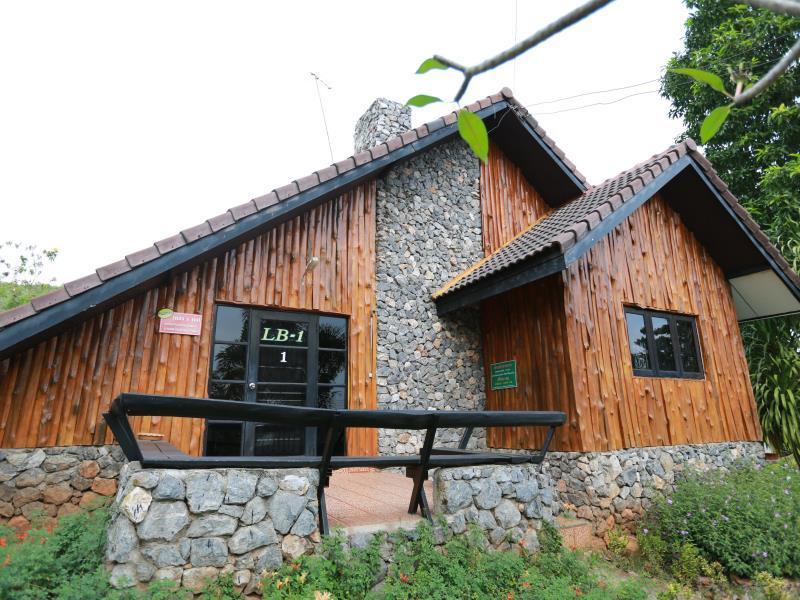 Land Breeze Resort & Hotel Pakchong, Pak Chong