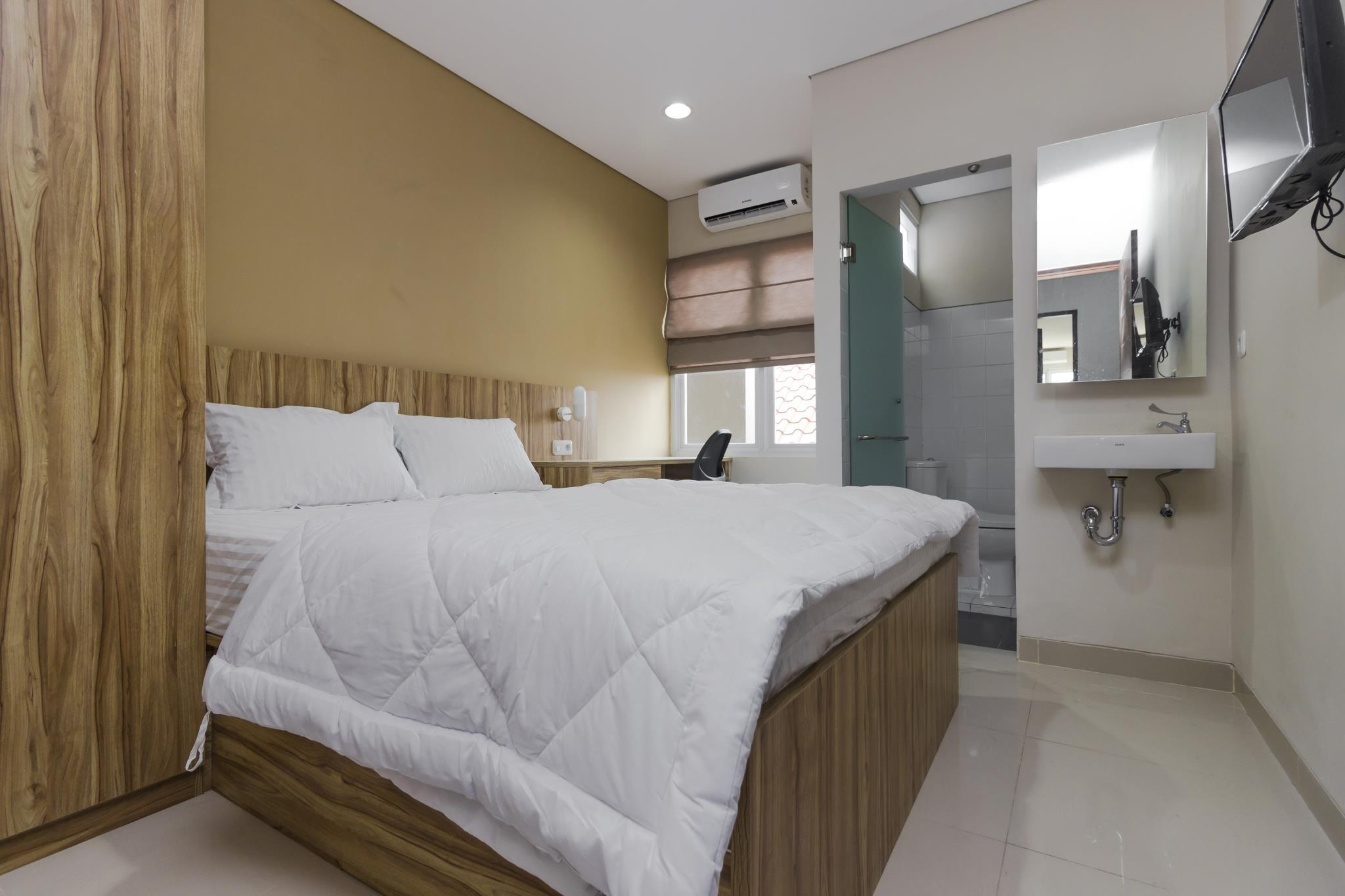 Dua Belas Residence, Jakarta Selatan