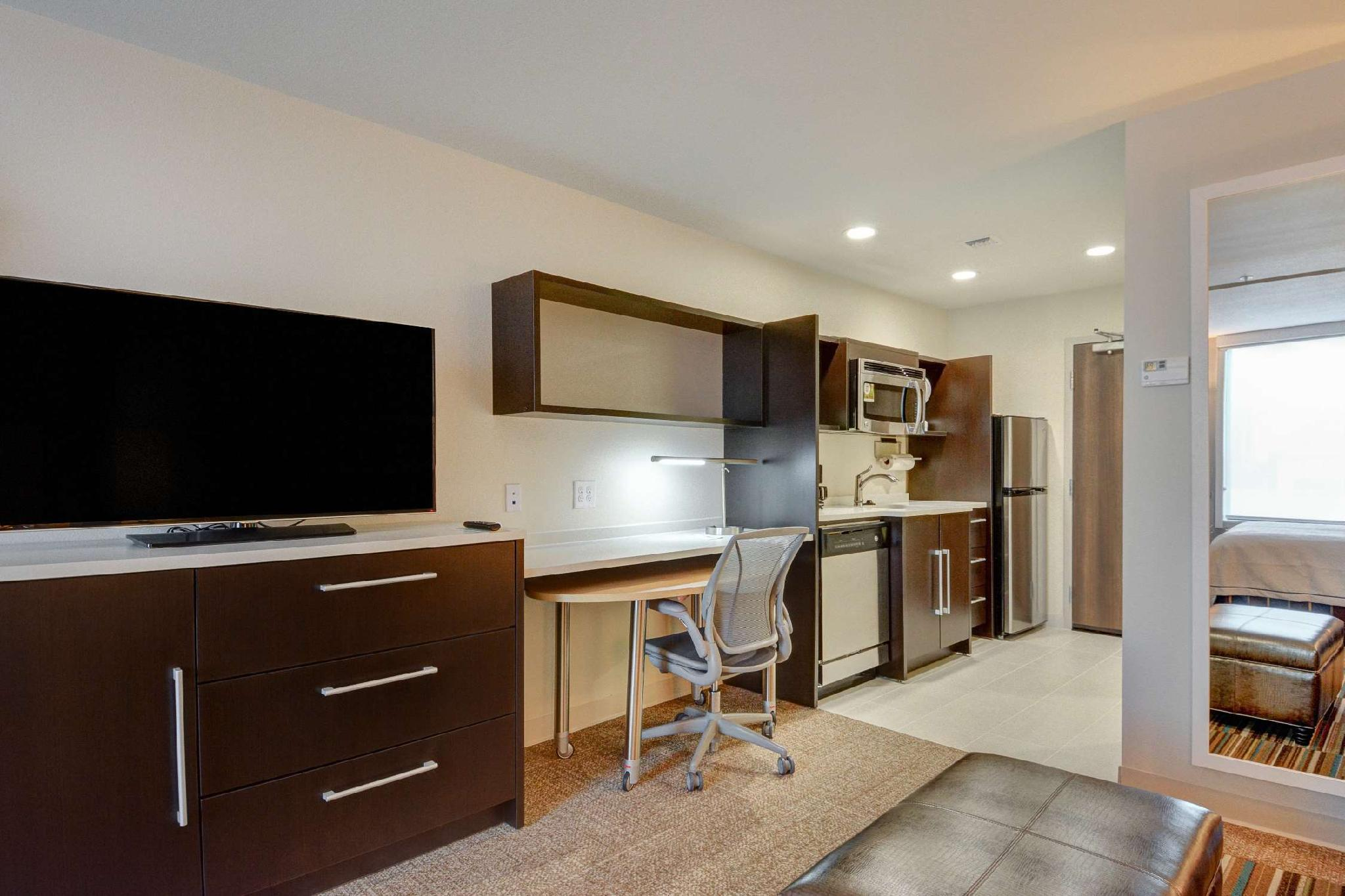 Home2 Suites by Hilton Irving / DFW Airport North, Dallas