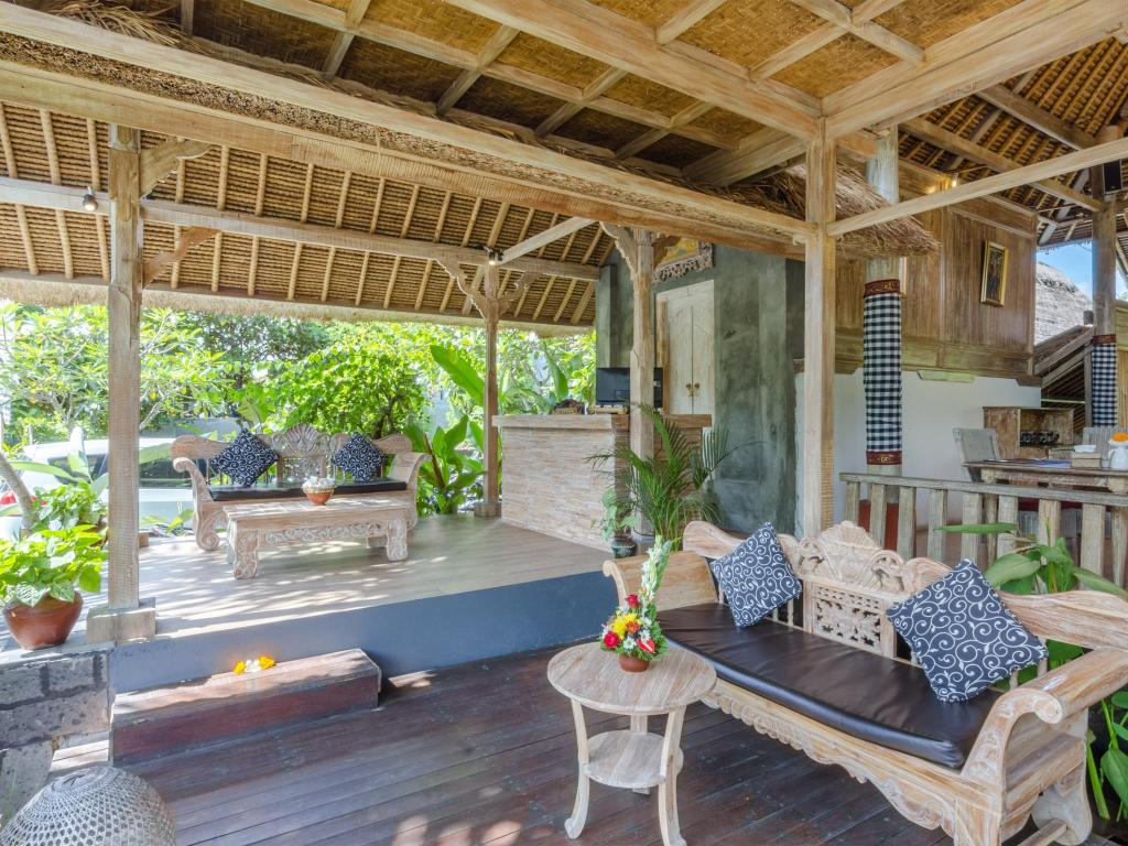 Best price on chili ubud cottage in bali reviews for Cottage bali