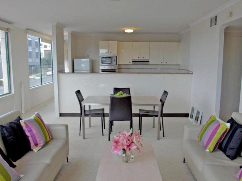 best price on aea the coogee view serviced apartments in. Black Bedroom Furniture Sets. Home Design Ideas