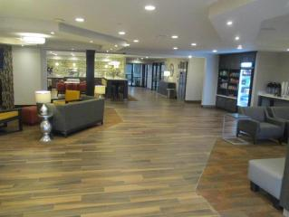 貝斯特韋斯特普拉斯北喬利埃特酒店