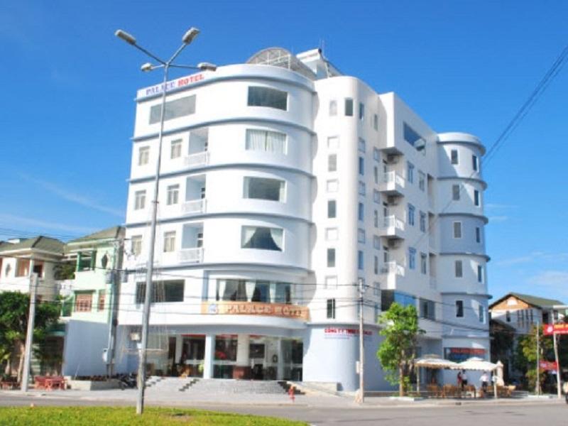 Khách sạn Palace 2