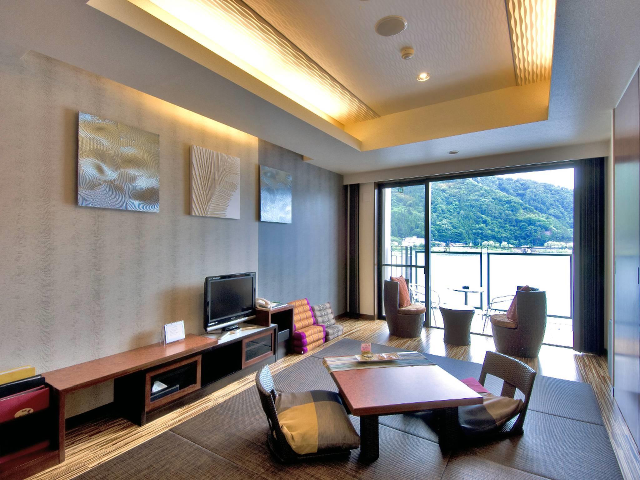 Kaze no Terrace Kukuna Hotel 風のテラスKUKUNA