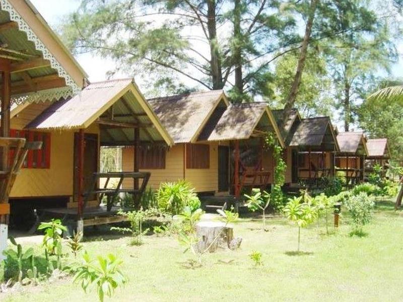 p.a.n beach bungalow