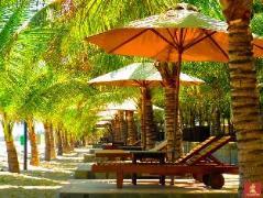 Resort Con Gà Vàng