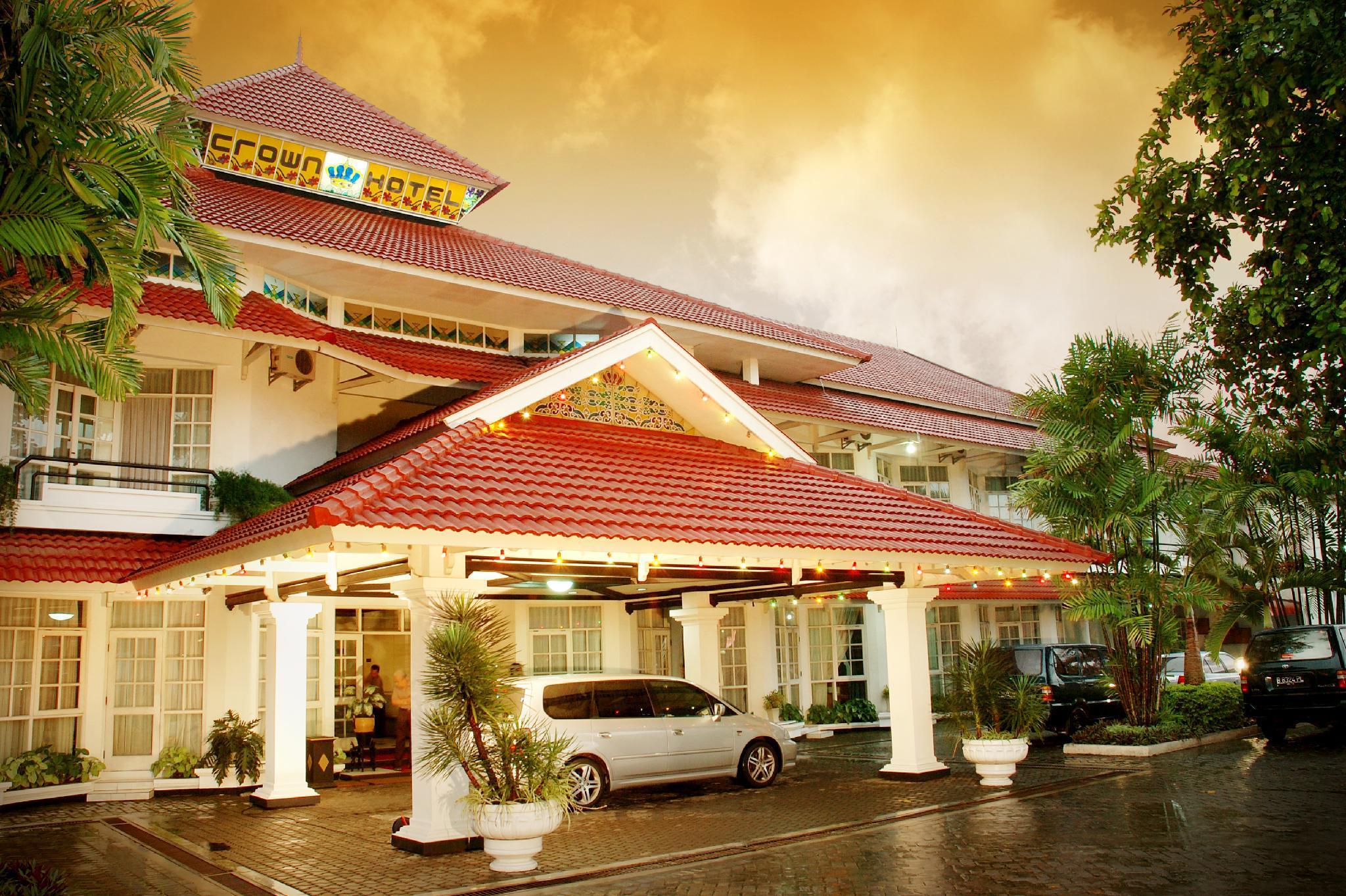 Crown Hotel Tasikmalaya, Tasikmalaya