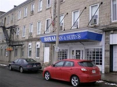 Royal Inn and Suites at Guelph, Wellington