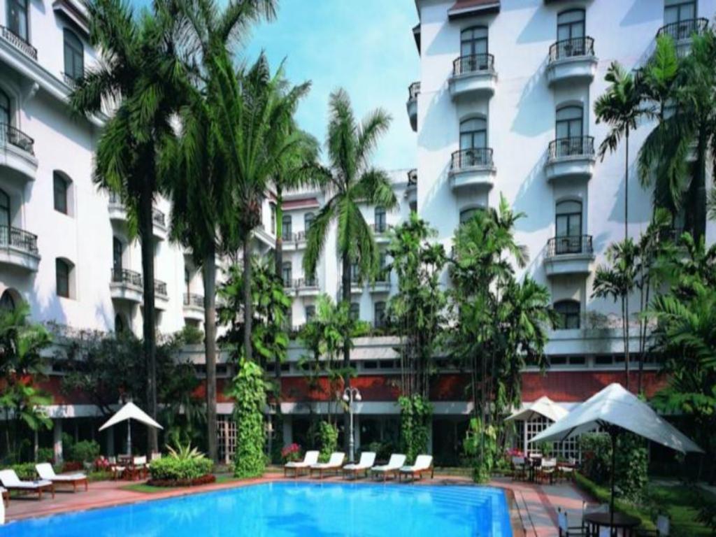Best Price on The Oberoi Grand Kolkata Hotel in Kolkata