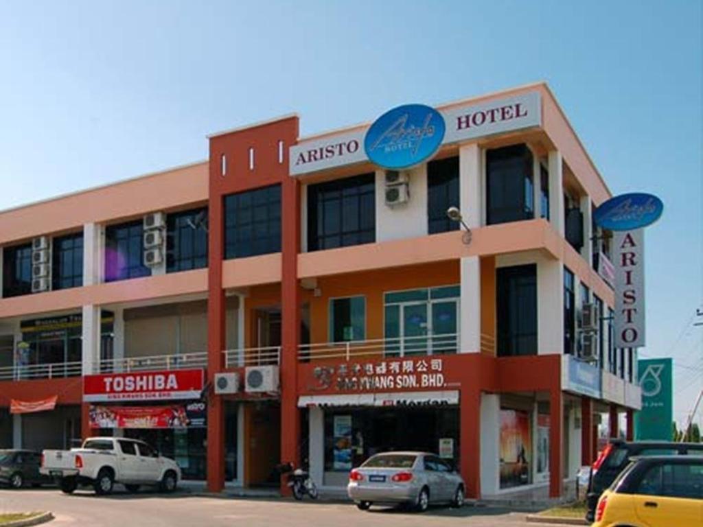 Best price on aristo hotel putatan in kota kinabalu for Hotel agrustos