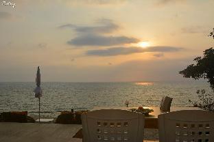 Golden Cliff Beach Resort